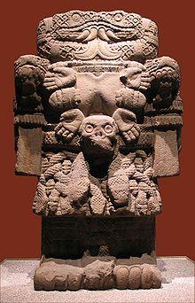 220px-20041229-coatlicue_museo_nacional_de_antropologc3ada_mq-3